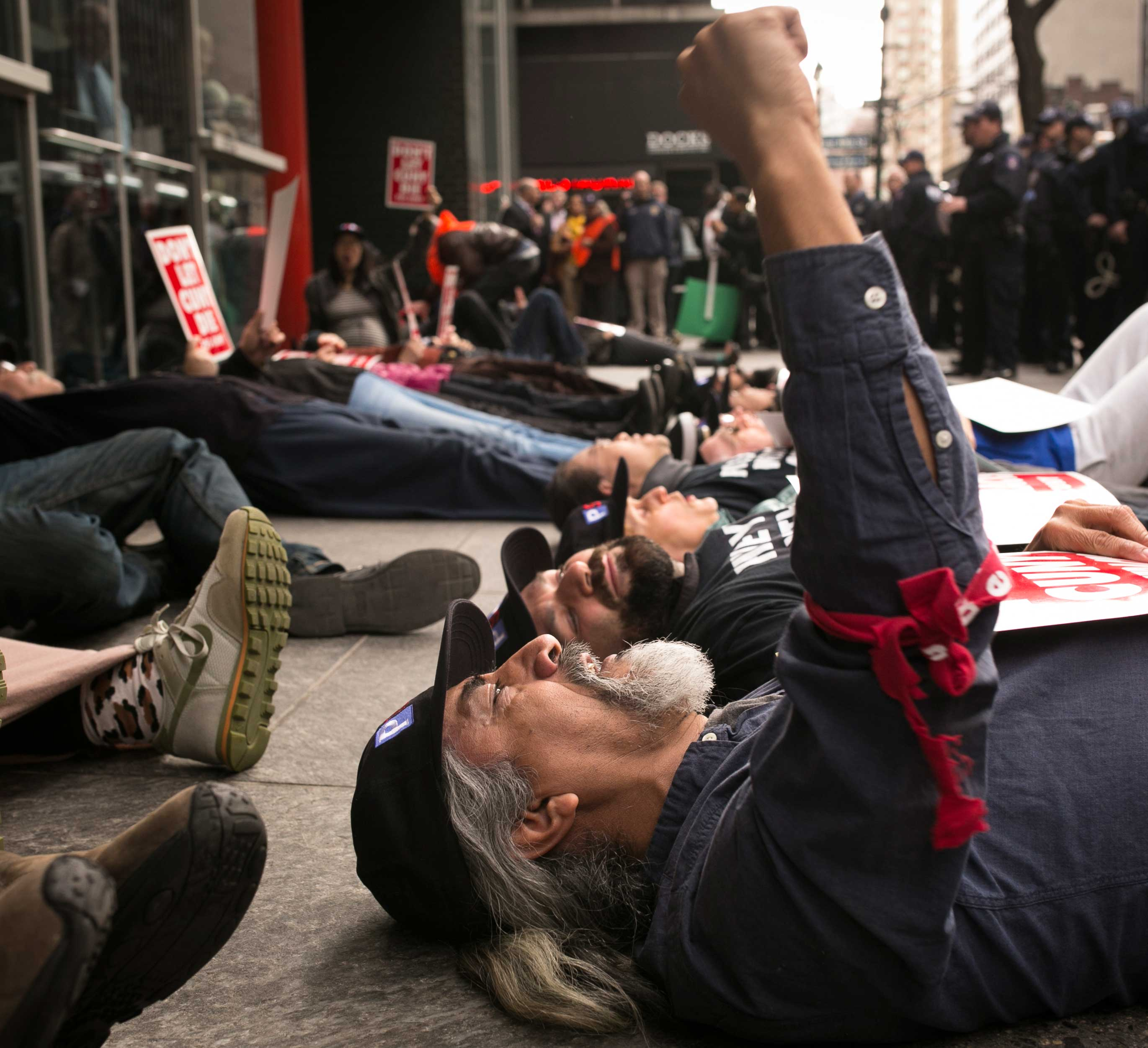 07-1st-choice-Die-In-35-Sanders.jpg